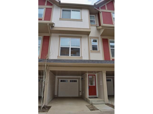 Main Photo: 51 NEW BRIGHTON Point(e) SE in Calgary: New Brighton House for sale : MLS®# C4000325
