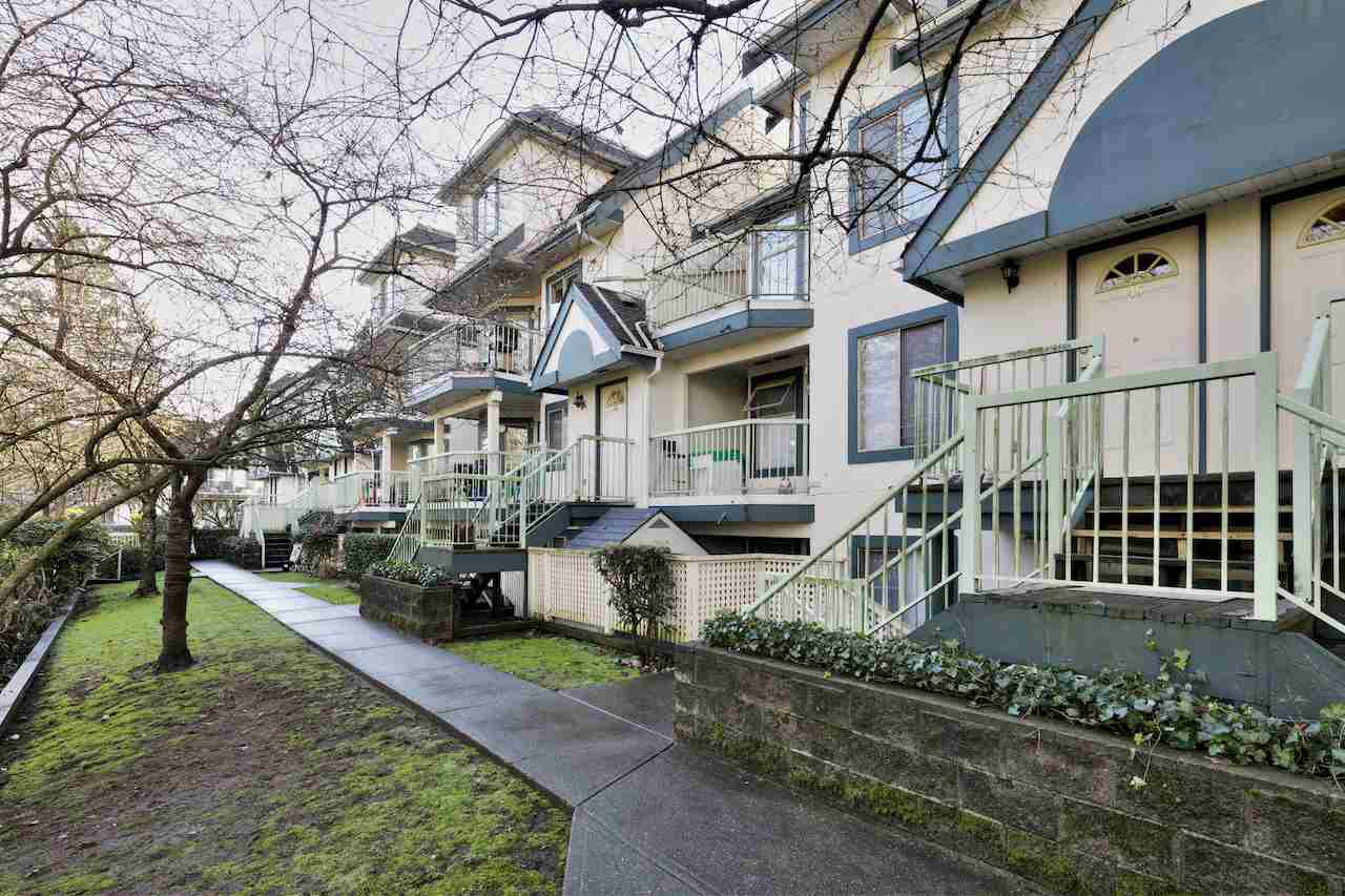 Main Photo: 46 7520 18TH Street in Burnaby: Edmonds BE Townhouse for sale (Burnaby East)  : MLS®# R2023430