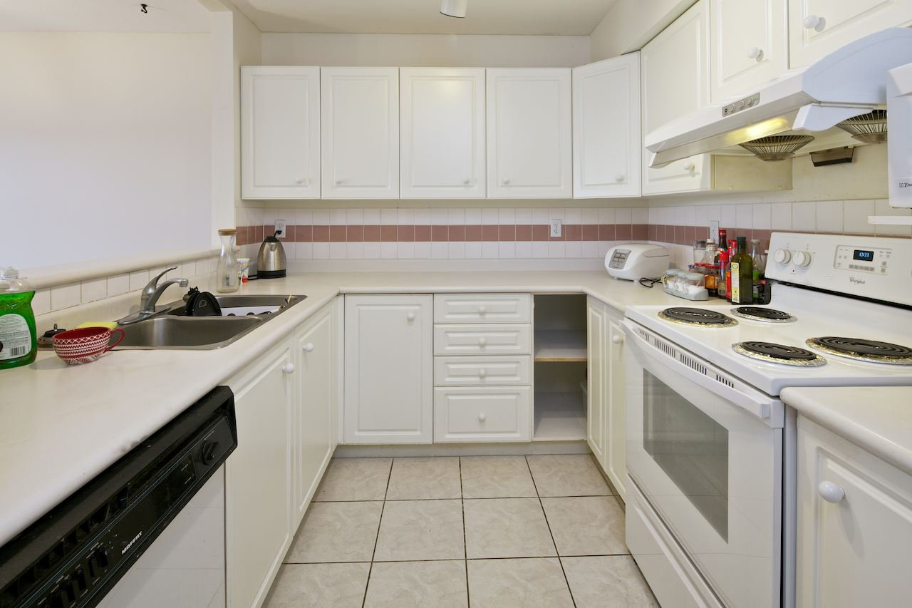 Photo 4: Photos: 46 7520 18TH Street in Burnaby: Edmonds BE Townhouse for sale (Burnaby East)  : MLS®# R2023430