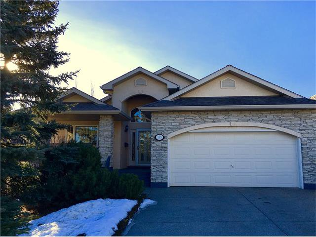 Main Photo: 313 GLENEAGLES View: Cochrane House for sale : MLS®# C4047766
