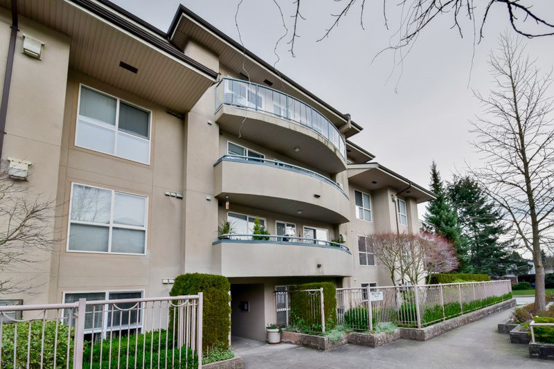 "Main Photo: 405 7505 138 Street in Surrey: East Newton Condo for sale in ""Midtown Villas"" : MLS®# R2041592"