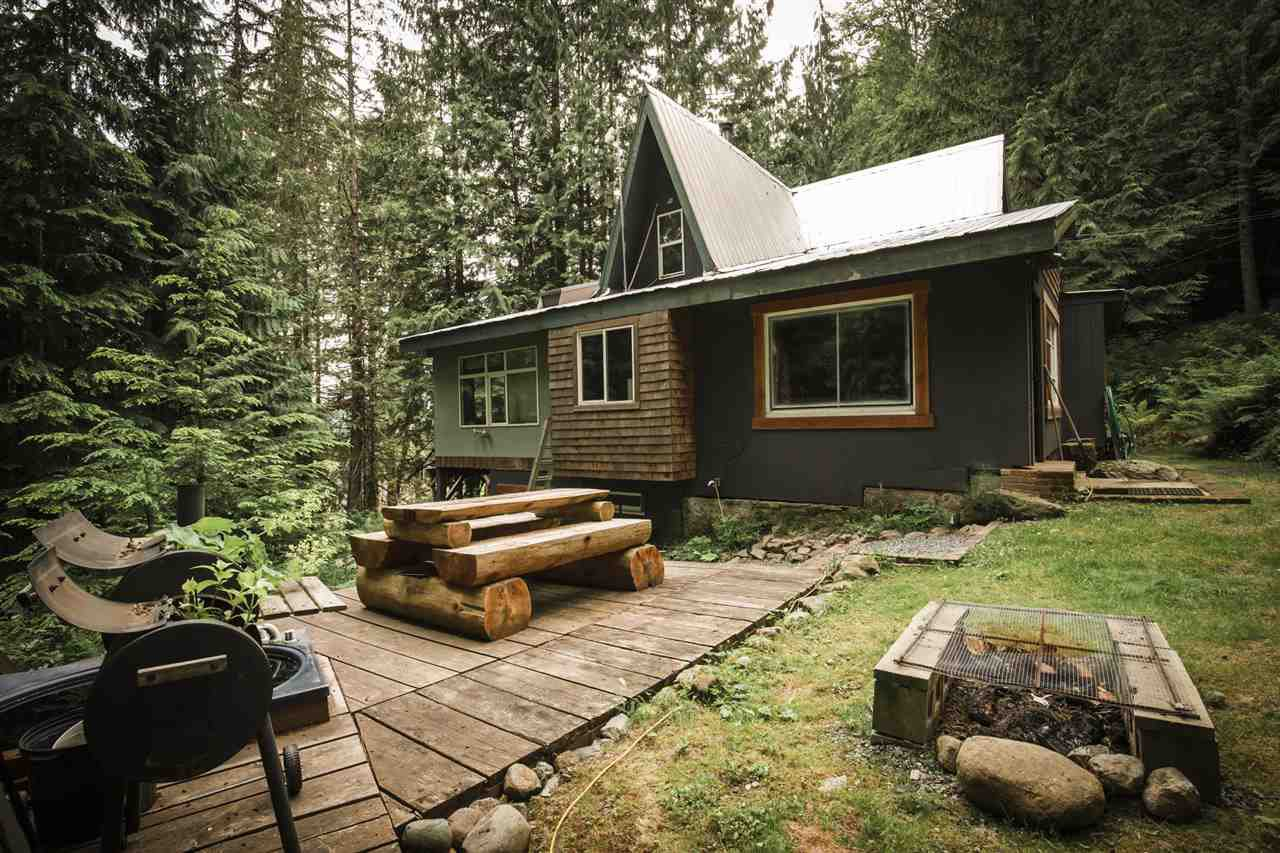 "Main Photo: L0T 23 6224 GARIBALDI PARK Road in Squamish: Ring Creek House for sale in ""GARIBALDI PARK"" : MLS®# R2069481"