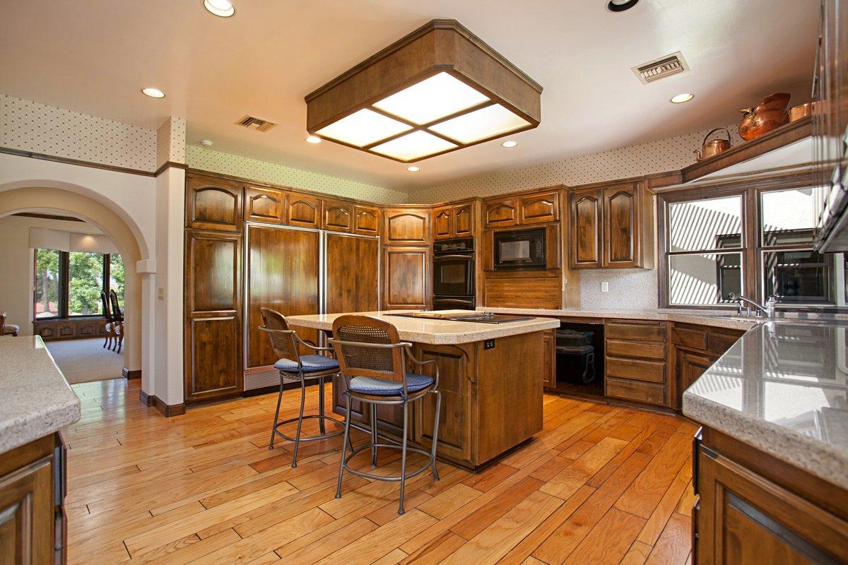 Photo 11: Photos: RANCHO BERNARDO House for sale : 5 bedrooms : 18715 BERNARDO TRAILS DRIVE in San Diego