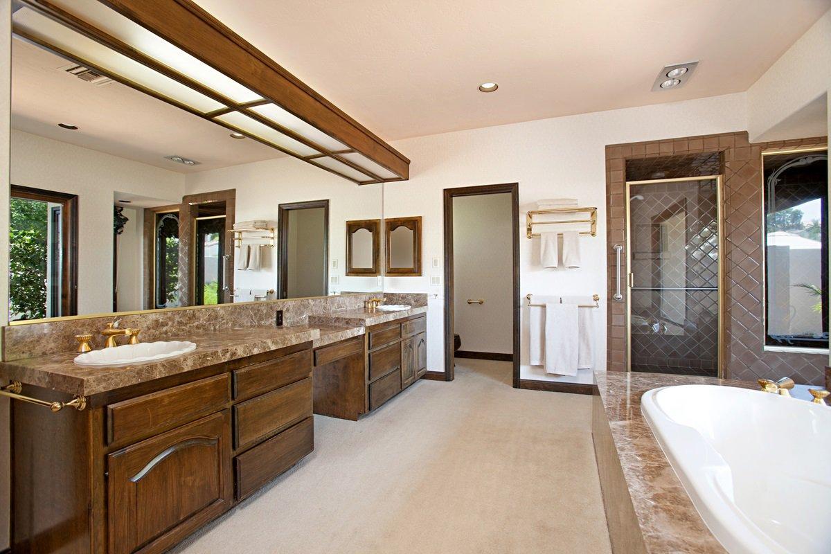 Photo 18: Photos: RANCHO BERNARDO House for sale : 5 bedrooms : 18715 BERNARDO TRAILS DRIVE in San Diego