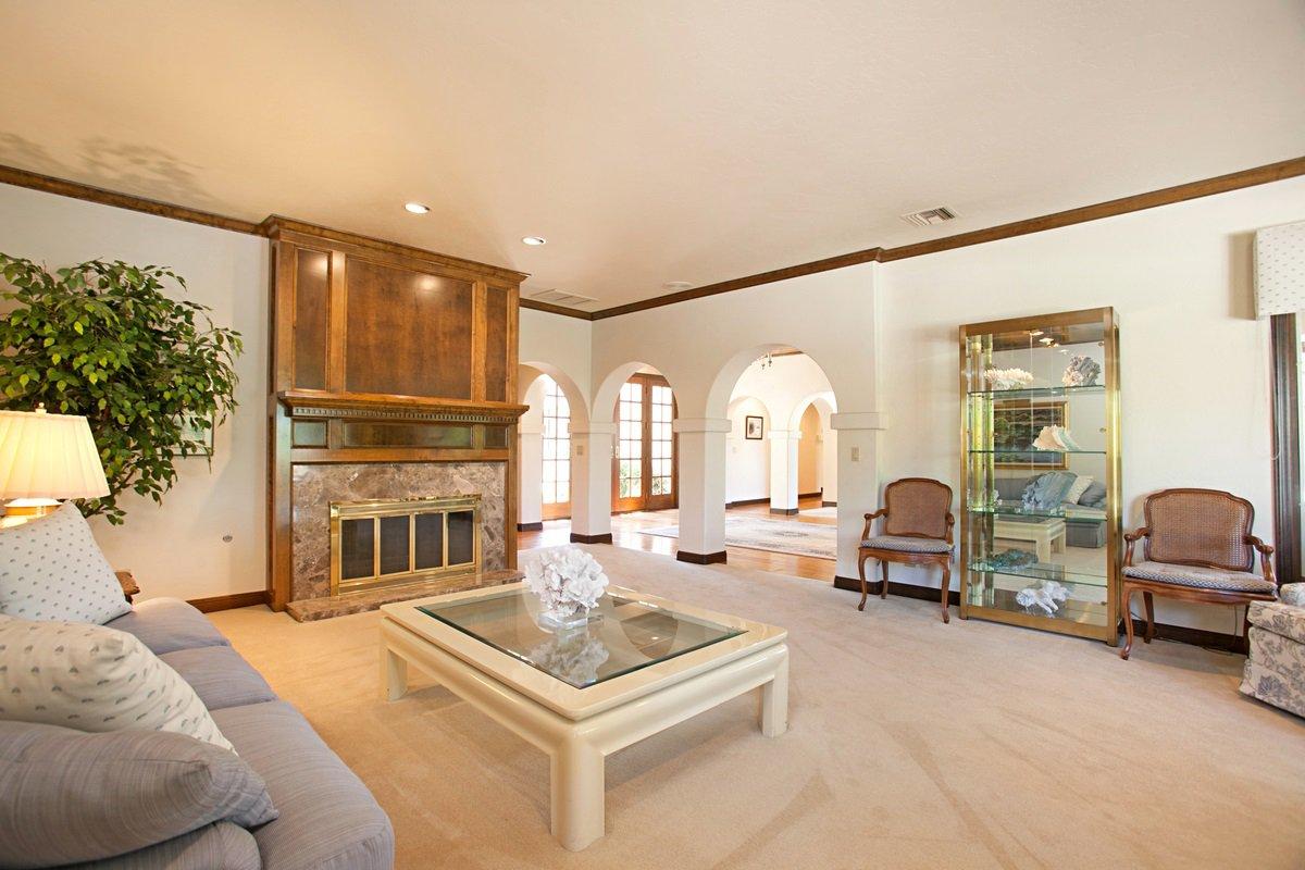 Photo 7: Photos: RANCHO BERNARDO House for sale : 5 bedrooms : 18715 BERNARDO TRAILS DRIVE in San Diego