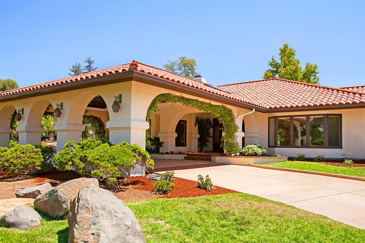 Photo 2: Photos: RANCHO BERNARDO House for sale : 5 bedrooms : 18715 BERNARDO TRAILS DRIVE in San Diego