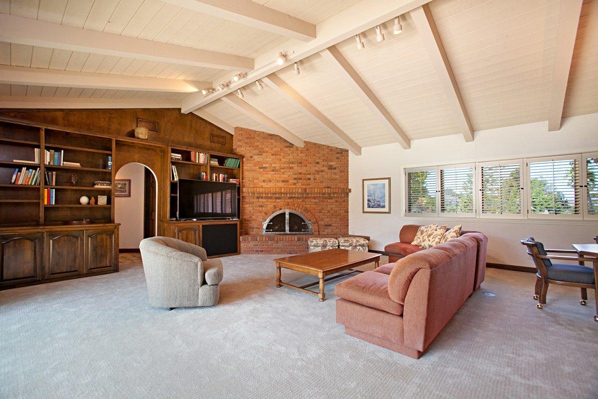 Photo 13: Photos: RANCHO BERNARDO House for sale : 5 bedrooms : 18715 BERNARDO TRAILS DRIVE in San Diego