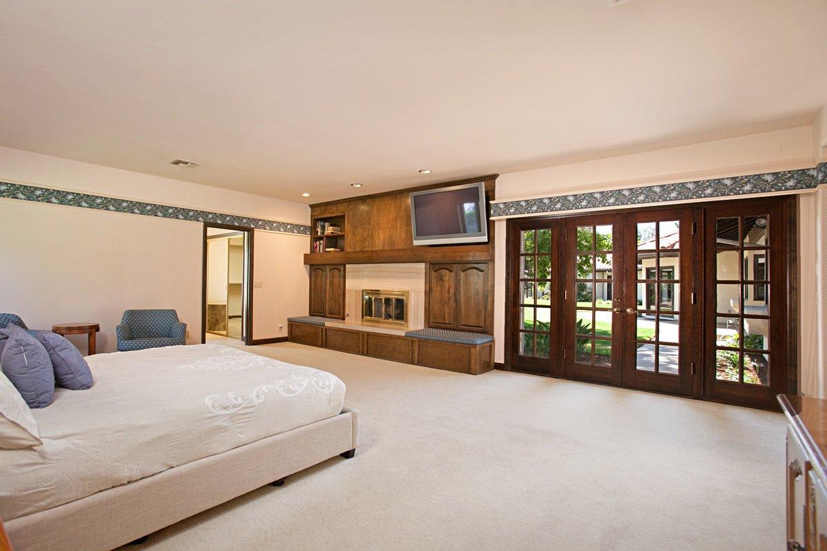 Photo 16: Photos: RANCHO BERNARDO House for sale : 5 bedrooms : 18715 BERNARDO TRAILS DRIVE in San Diego
