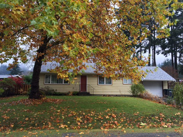 Main Photo: 38189 LOMBARDY Crescent in Squamish: Valleycliffe House for sale : MLS®# R2117894