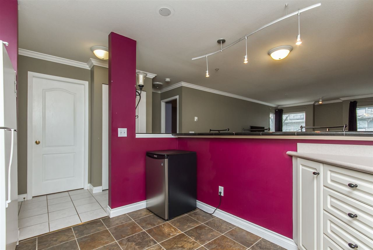 "Photo 12: Photos: 205 33728 KING Road in Abbotsford: Poplar Condo for sale in ""College Park"" : MLS®# R2150276"