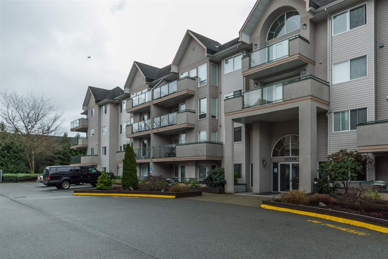 "Photo 1: Photos: 205 33728 KING Road in Abbotsford: Poplar Condo for sale in ""College Park"" : MLS®# R2150276"