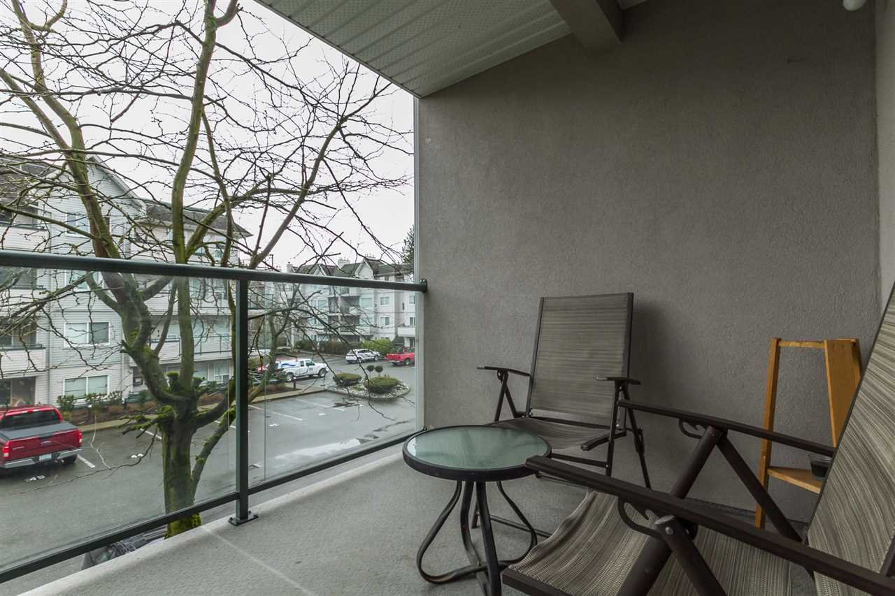 "Photo 20: Photos: 205 33728 KING Road in Abbotsford: Poplar Condo for sale in ""College Park"" : MLS®# R2150276"