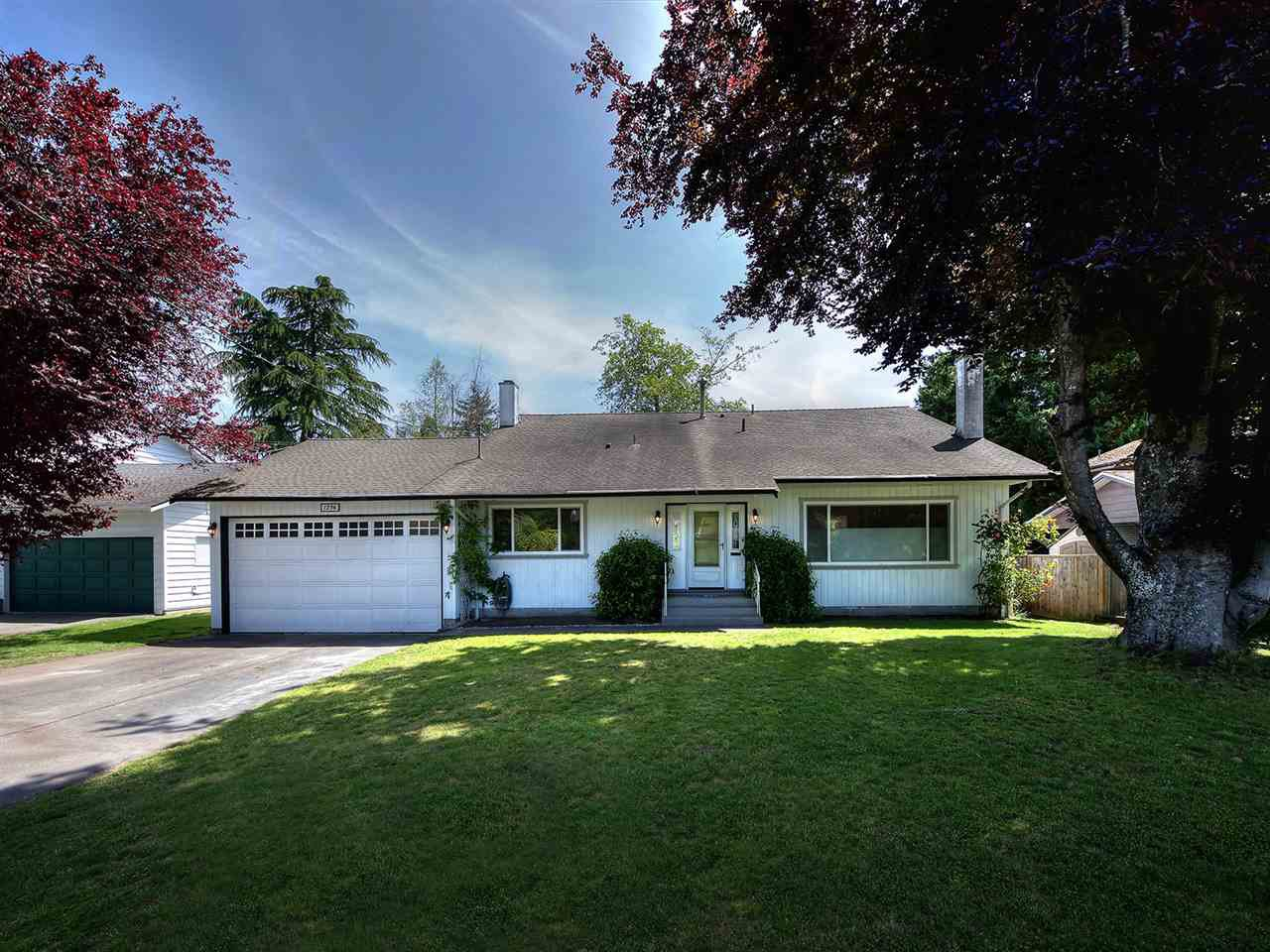 """Main Photo: 1236 52 Street in Delta: Cliff Drive House for sale in """"CLIFF DRIVE"""" (Tsawwassen)  : MLS®# R2175156"""