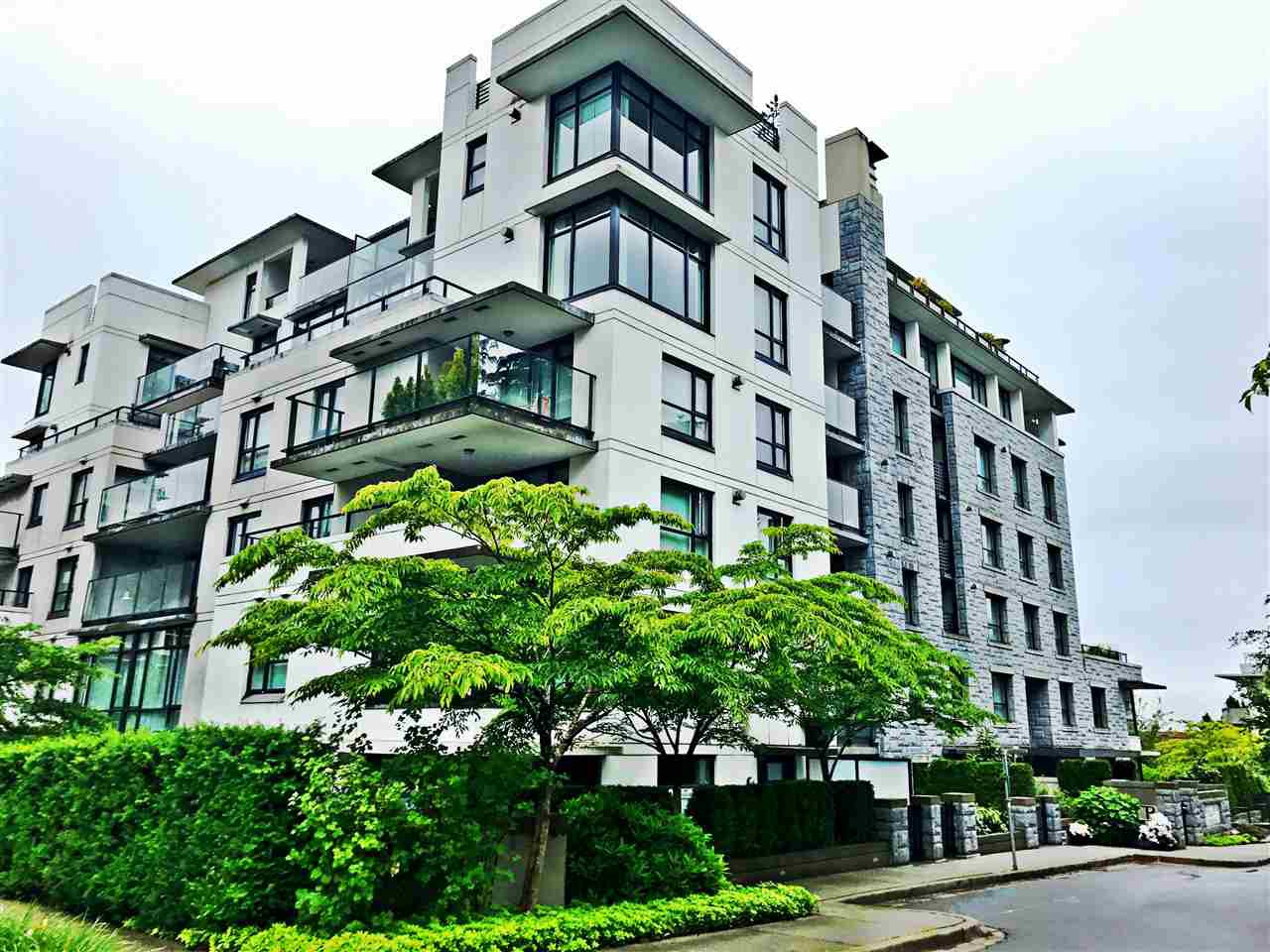 "Main Photo: 405 6018 IONA Drive in Vancouver: University VW Condo for sale in ""Argyll House West"" (Vancouver West)  : MLS®# R2178903"