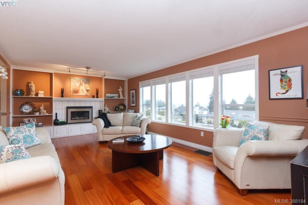 Photo 3: Photos: 8850 Moresby Park Terr in NORTH SAANICH: NS Dean Park House for sale (North Saanich)  : MLS®# 780144