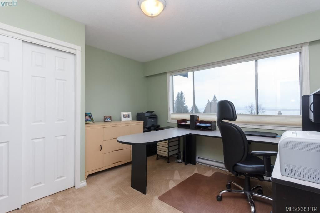 Photo 15: Photos: 8850 Moresby Park Terr in NORTH SAANICH: NS Dean Park House for sale (North Saanich)  : MLS®# 780144