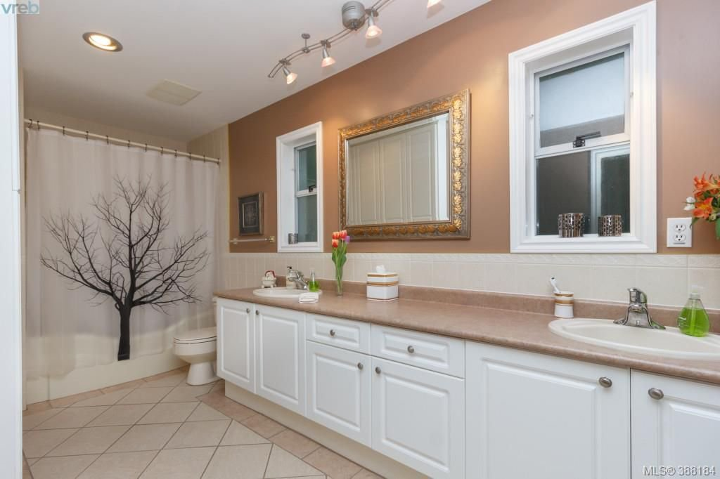 Photo 10: Photos: 8850 Moresby Park Terr in NORTH SAANICH: NS Dean Park House for sale (North Saanich)  : MLS®# 780144