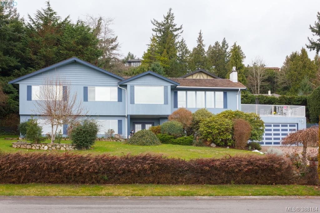 Photo 2: Photos: 8850 Moresby Park Terr in NORTH SAANICH: NS Dean Park House for sale (North Saanich)  : MLS®# 780144