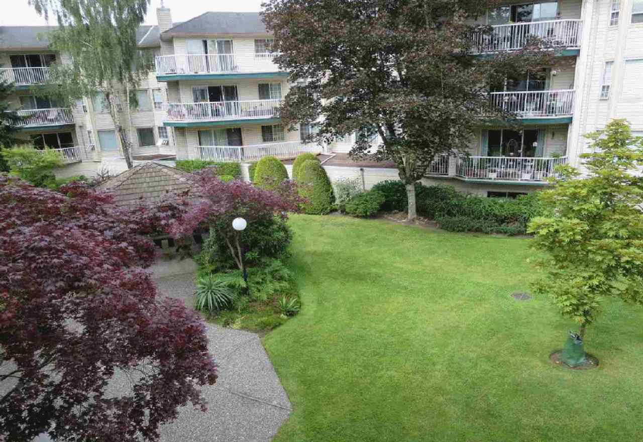 """Photo 17: Photos: 106 5363 206 Street in Langley: Langley City Condo for sale in """"Parkway II"""" : MLS®# R2332747"""