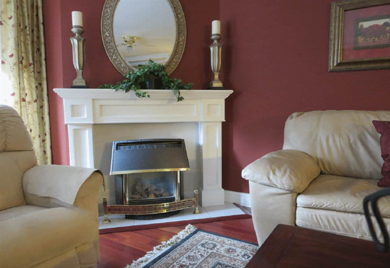 """Photo 6: Photos: 106 5363 206 Street in Langley: Langley City Condo for sale in """"Parkway II"""" : MLS®# R2332747"""