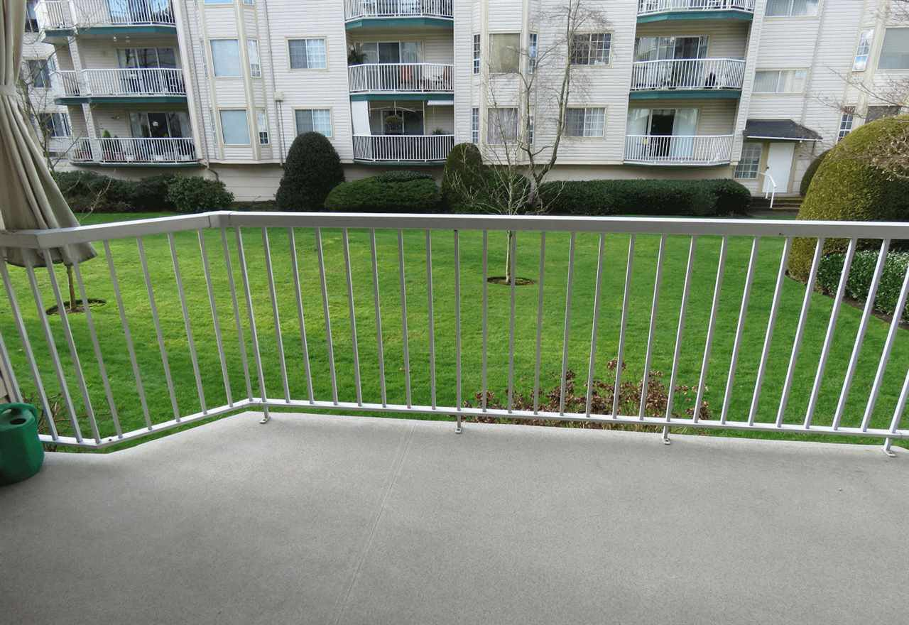 """Photo 18: Photos: 106 5363 206 Street in Langley: Langley City Condo for sale in """"Parkway II"""" : MLS®# R2332747"""