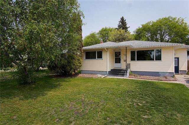 Main Photo: 10 Bathgate Bay in Winnipeg: East Fort Garry Residential for sale (1J)  : MLS®# 1914828