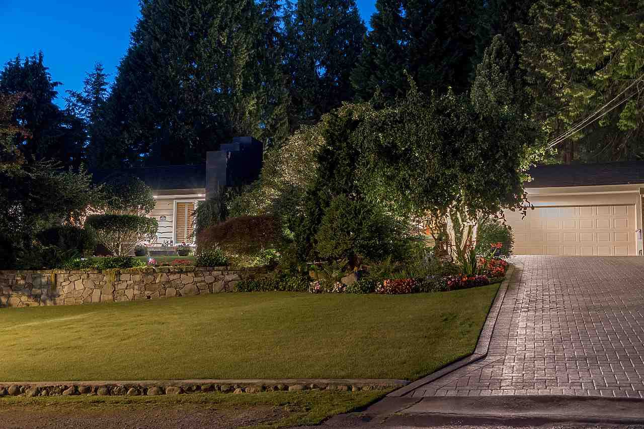 Photo 18: Photos: 3535 W 47TH Avenue in Vancouver: Southlands House for sale (Vancouver West)  : MLS®# R2383624