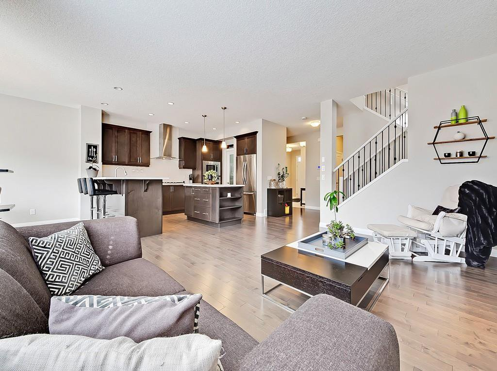 Main Photo: 17 MASTERS Common SE in Calgary: Mahogany Detached for sale : MLS®# C4255952