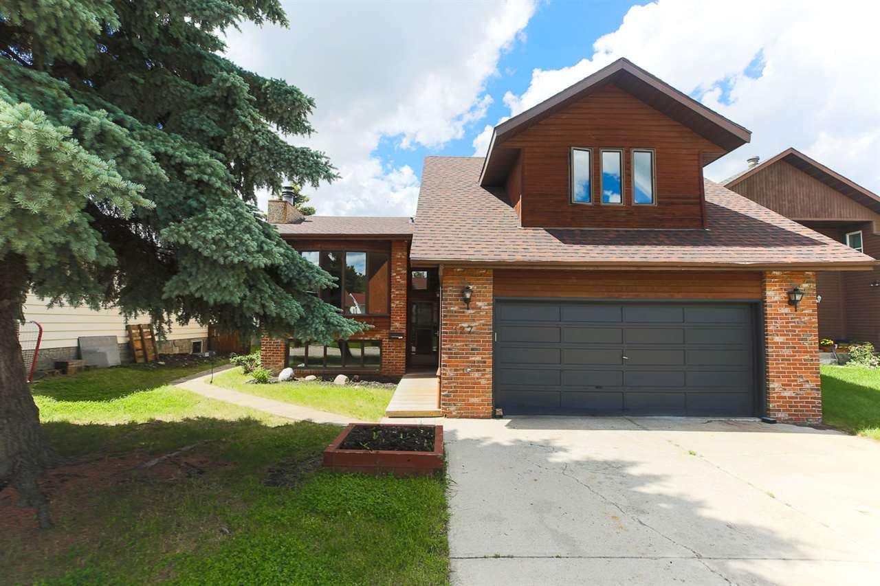 Main Photo: 127 Grand Meadow Crescent in Edmonton: Zone 29 House for sale : MLS®# E4164590