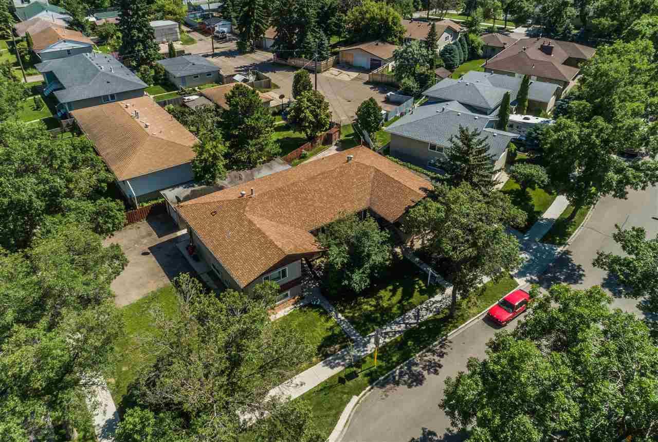Main Photo: 12107 - 12111 139 Street in Edmonton: Zone 04 House for sale : MLS®# E4167346