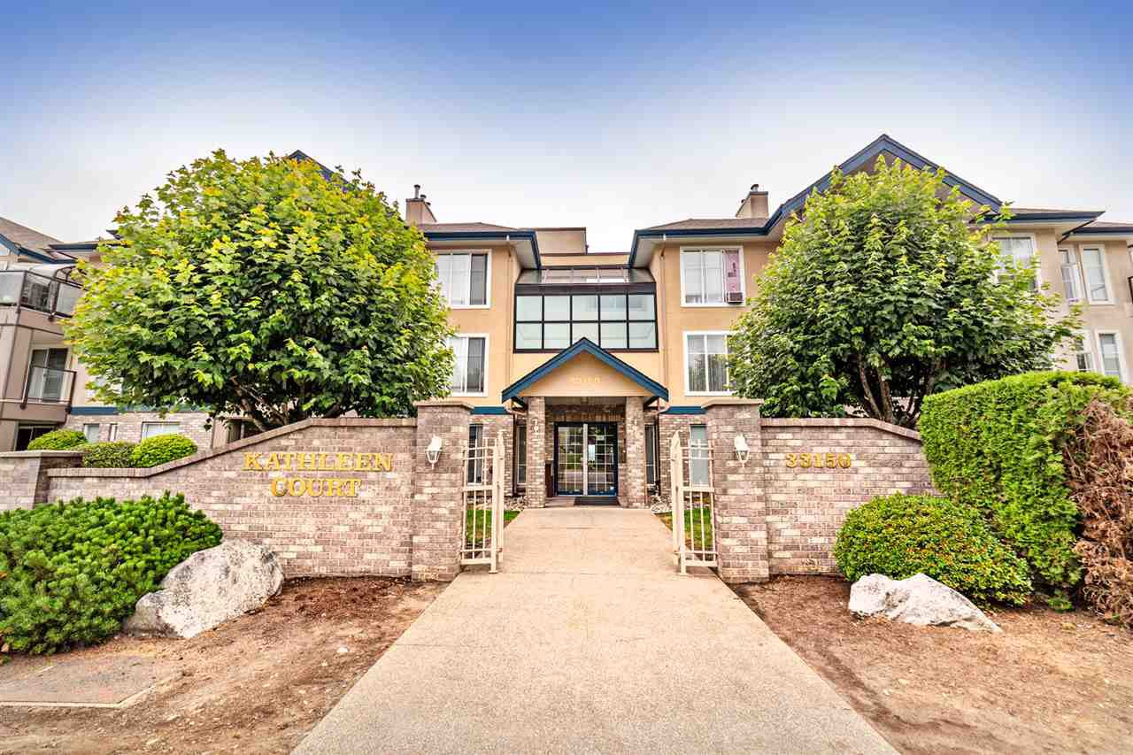 """Main Photo: 208 33150 4TH Avenue in Mission: Mission BC Condo for sale in """"Kathleen Court"""" : MLS®# R2436210"""