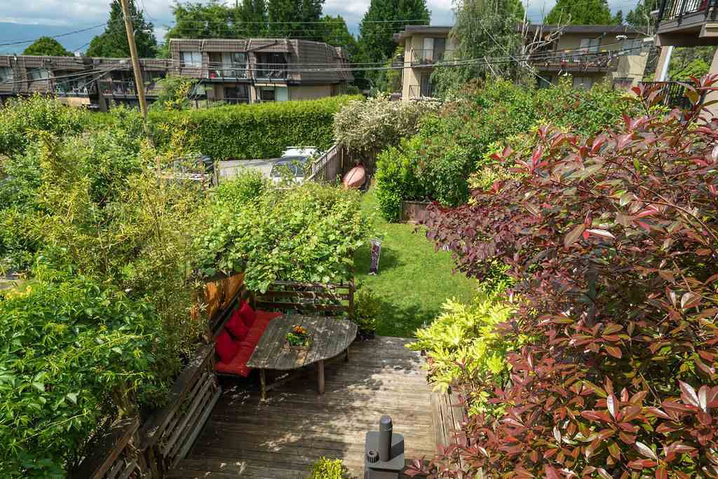 Photo 28: Photos: 2243 OXFORD Street in Vancouver: Hastings House for sale (Vancouver East)  : MLS®# R2463567