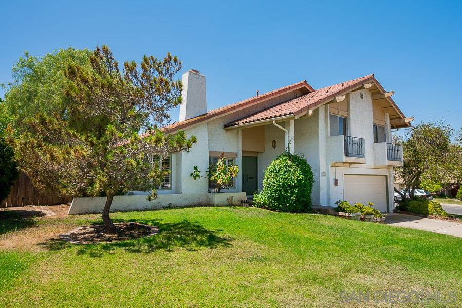 Main Photo: SAN CARLOS House for sale : 3 bedrooms : 7555 Lake Ree Ave in San Diego