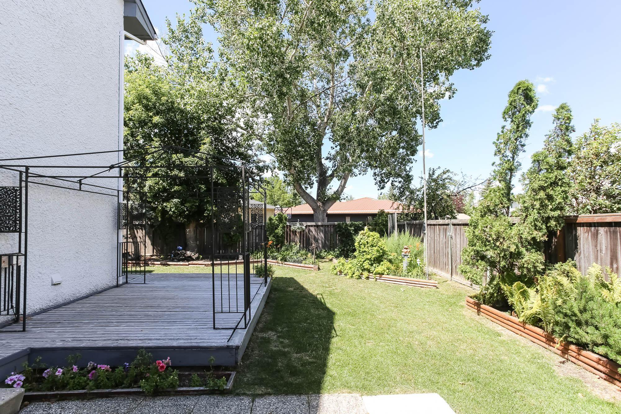 Photo 25: Photos: 14 Torrington Road in Winnipeg: Whyte Ridge Single Family Detached for sale (1P)  : MLS®# 202017383
