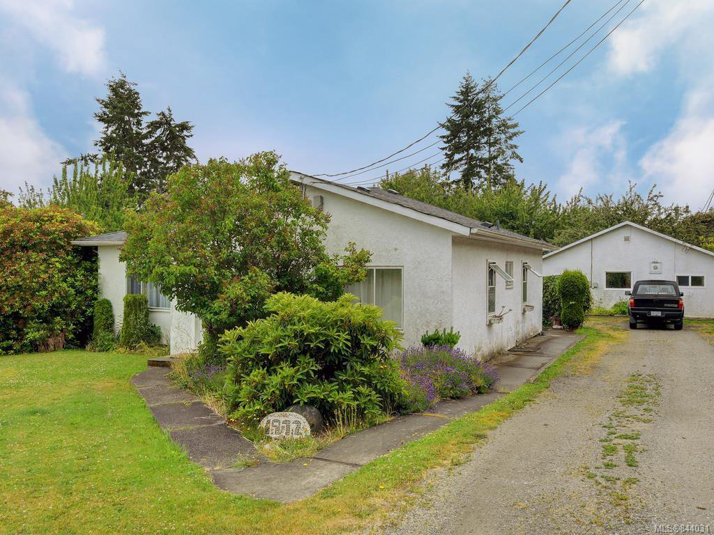 Main Photo: 1972 Murray Rd in Sooke: Sk Sooke Vill Core Single Family Detached for sale : MLS®# 844031
