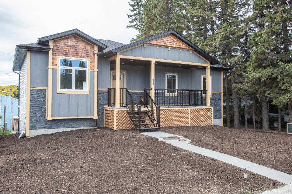Main Photo: 413 1 Avenue E: Cremona Detached for sale : MLS®# A1038124
