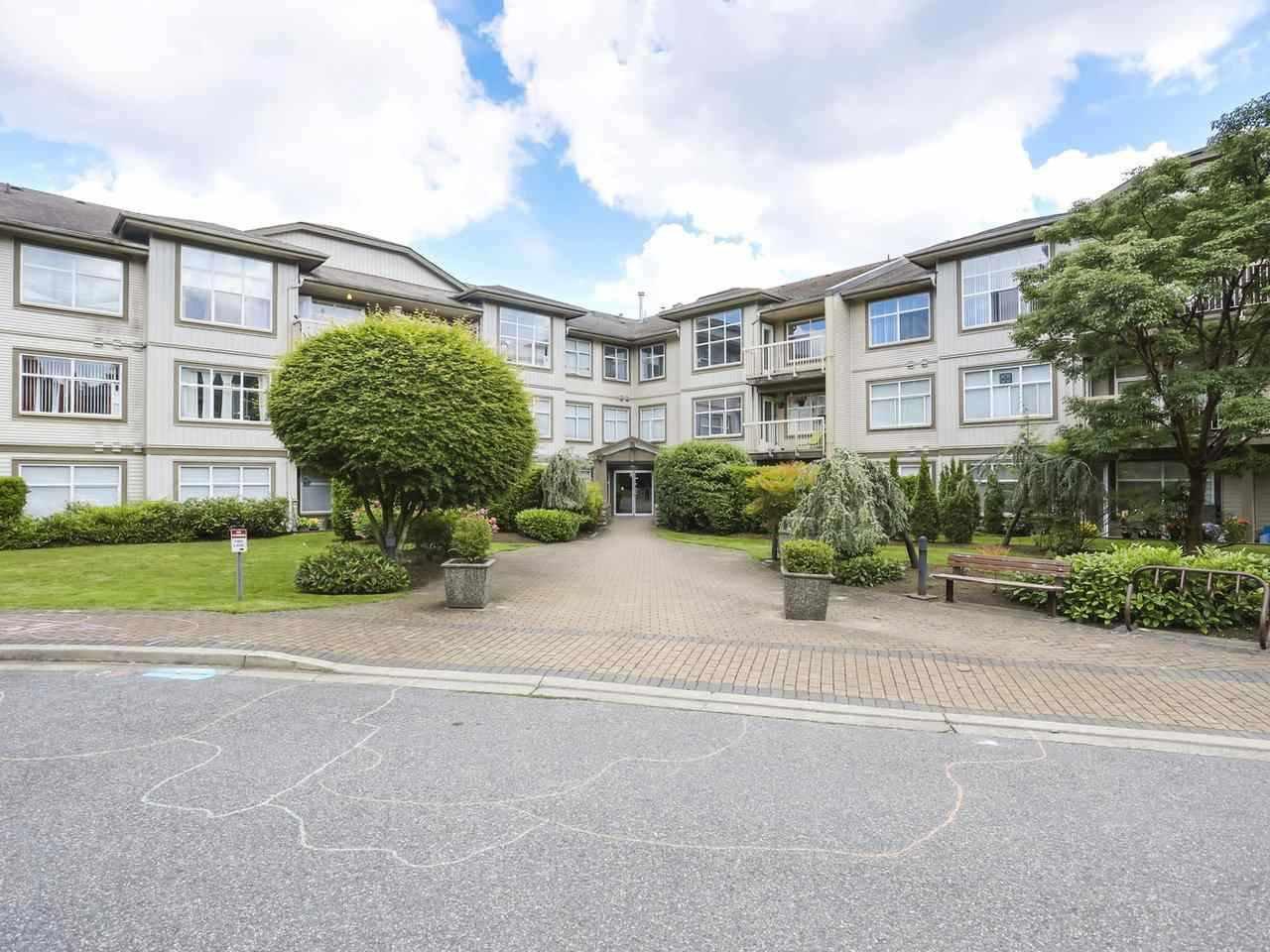 """Main Photo: 303 14885 105 Avenue in Surrey: Guildford Condo for sale in """"REVIVA"""" (North Surrey)  : MLS®# R2508247"""