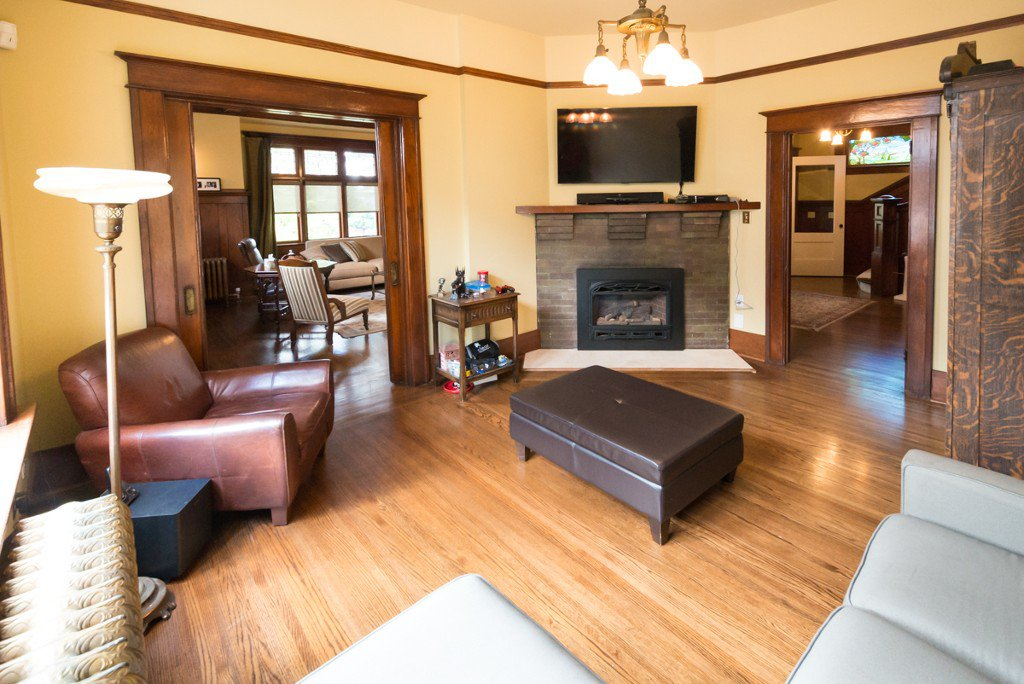 """Photo 7: Photos: 329 SECOND ST in New Westminster: Queens Park House for sale in """"QUEENS PARK"""" : MLS®# V1039472"""