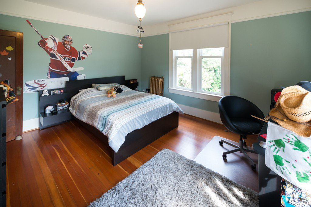 """Photo 14: Photos: 329 SECOND ST in New Westminster: Queens Park House for sale in """"QUEENS PARK"""" : MLS®# V1039472"""