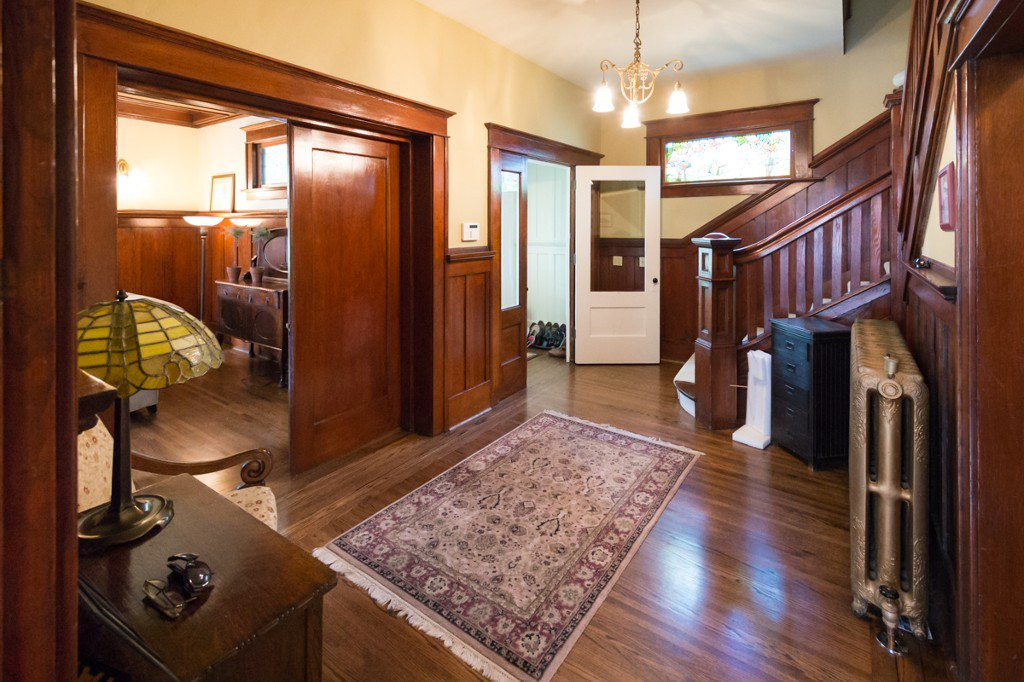 """Photo 9: Photos: 329 SECOND ST in New Westminster: Queens Park House for sale in """"QUEENS PARK"""" : MLS®# V1039472"""