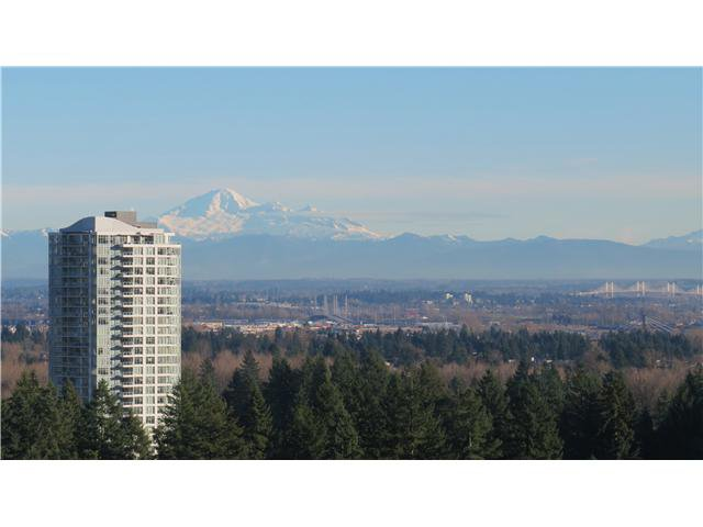 "Photo 4: Photos: 2705 2982 BURLINGTON Drive in Coquitlam: North Coquitlam Condo for sale in ""EDGEMONT"" : MLS®# V1101212"