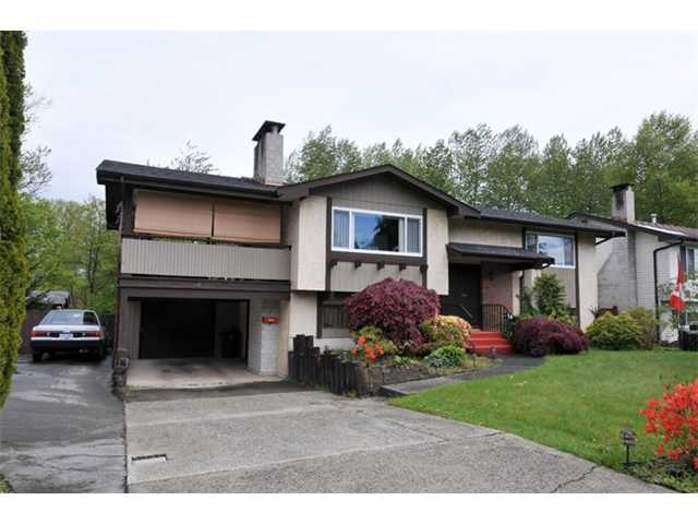 Main Photo: 19855 N WILDWOOD Crescent in Pitt Meadows: South Meadows House for sale : MLS®# V1119242