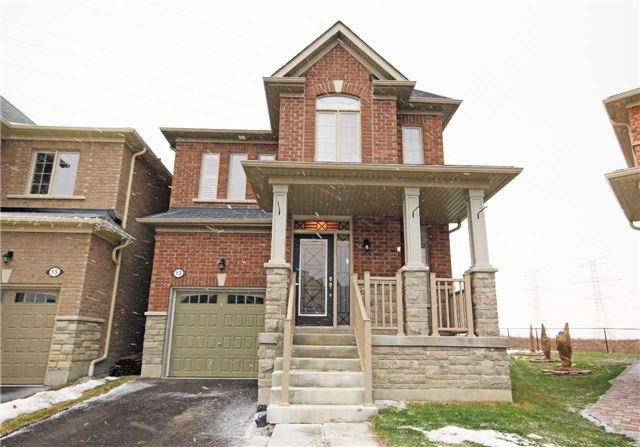 Main Photo: 13 Stockell Crescent in Ajax: Northwest Ajax House (2-Storey) for sale : MLS®# E3684526