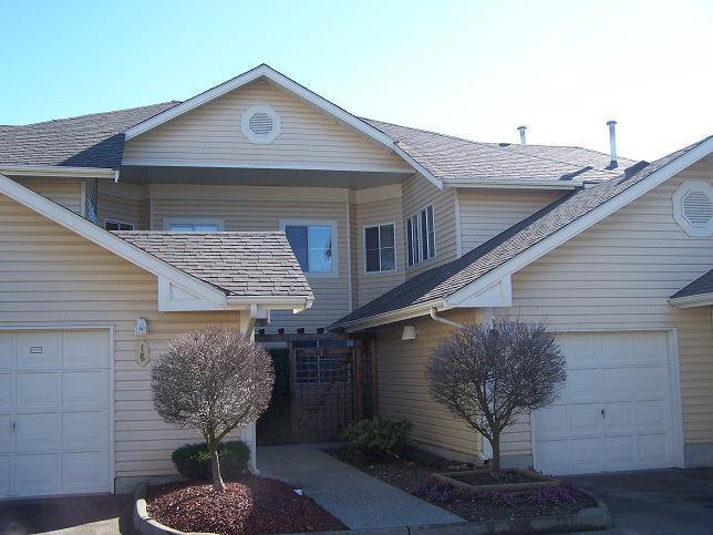 Main Photo:  in Estates at Manor Ridge: Home for sale