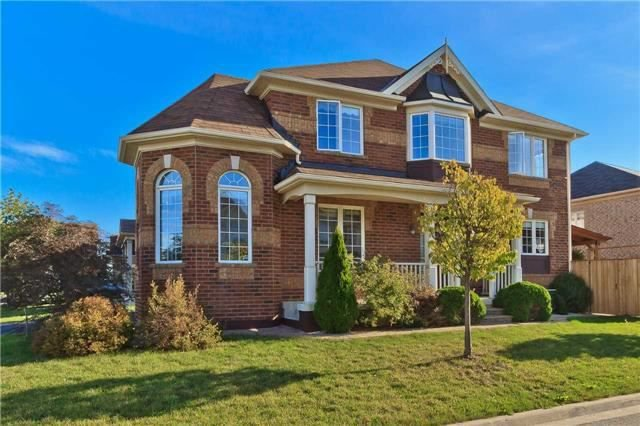Main Photo: 396 Tonelli Lane in Milton: Harrison House (2-Storey) for sale : MLS®# W4027317