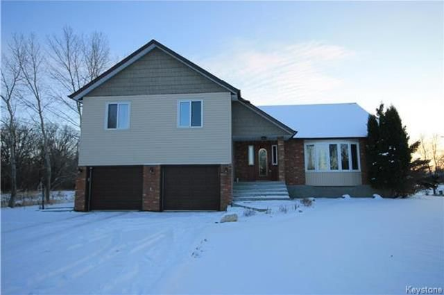 Main Photo: 18 MCDOUGALL Road in Lorette: R05 Residential for sale : MLS®# 1802406
