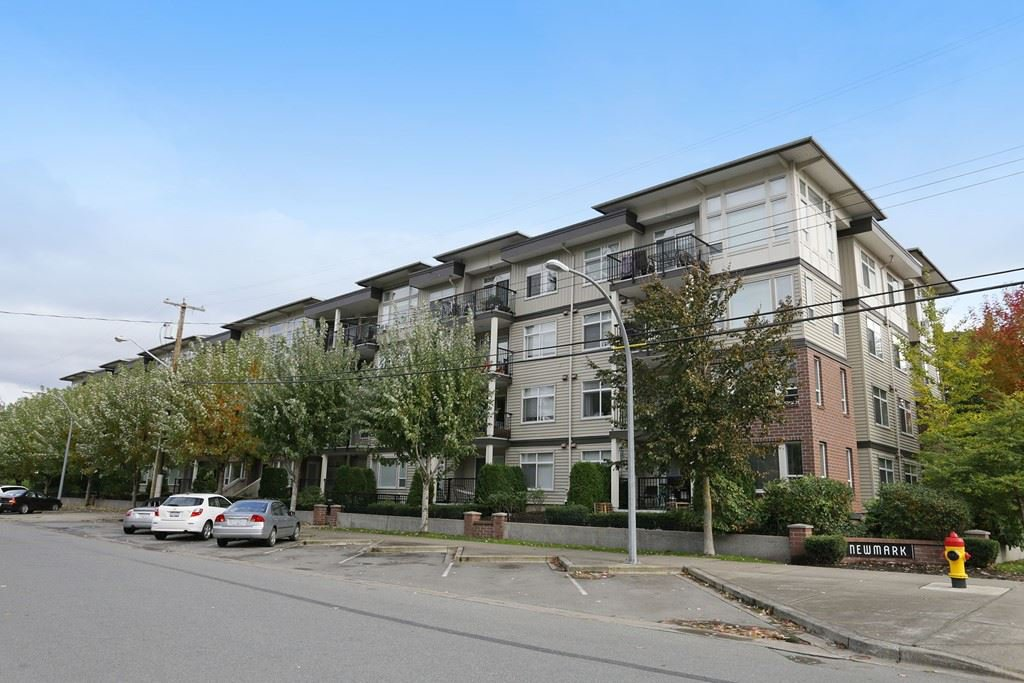 "Main Photo: 412 46150 BOLE Avenue in Chilliwack: Chilliwack N Yale-Well Condo for sale in ""THE NEWMARK"" : MLS®# R2321393"