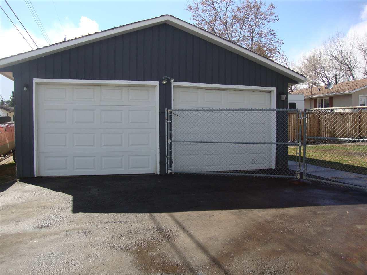 Photo 8: Photos: 4711 51A Avenue: Bon Accord House for sale : MLS®# E4149195