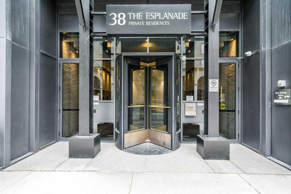 Main Photo: 1102 38 The Esplanade Avenue in Toronto: Waterfront Communities C8 Condo for sale (Toronto C08)  : MLS®# C4407014