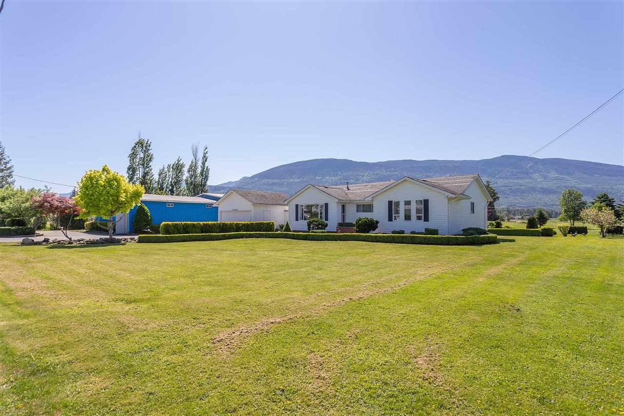 Main Photo: 42148 KEITH WILSON Road in Sardis - Greendale: Greendale Chilliwack House for sale (Sardis)  : MLS®# R2370245